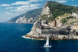 Alloggiare a Portovenere, perla del Golfo dei Poeti