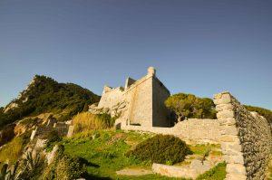 Passeggiate a Portovenere tra natura e cultura